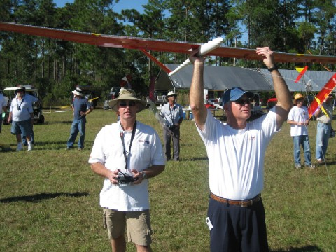 Jiakko Weber of the Netherlands gets ready to fly his Hera. Larry Pitts launches.