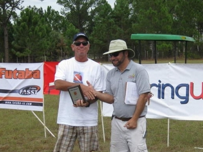 Ed White (Buzzards Vice President) receives the 1st place award after the 2010 Tangerine DLG contest.
