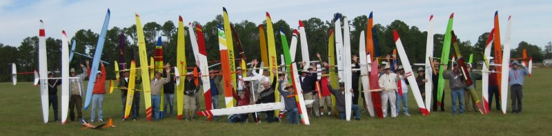 Wide variety of sailplanes with pilots from 3 continents